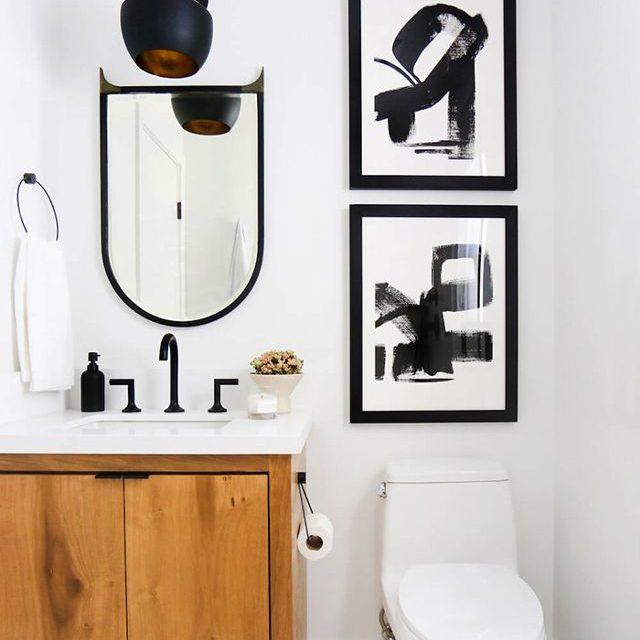 Inredning för badrum med liten budget